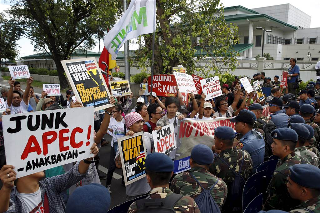 ss-151112-apec-protests-02-jpo.nbcnews-ux-1024-900