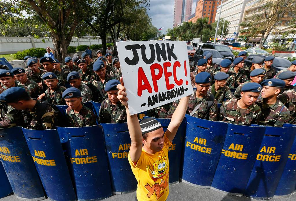 ss-151112-apec-protests-05-jpo.nbcnews-ux-1024-900