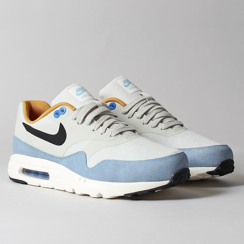 check out the nike air max 1 ultra essential light bone. Black Bedroom Furniture Sets. Home Design Ideas